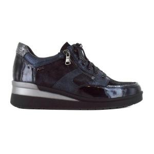 variété de dessins et de couleurs fabrication habile remise chaude Découvrez notre sélection de chaussures pour femme et homme ...